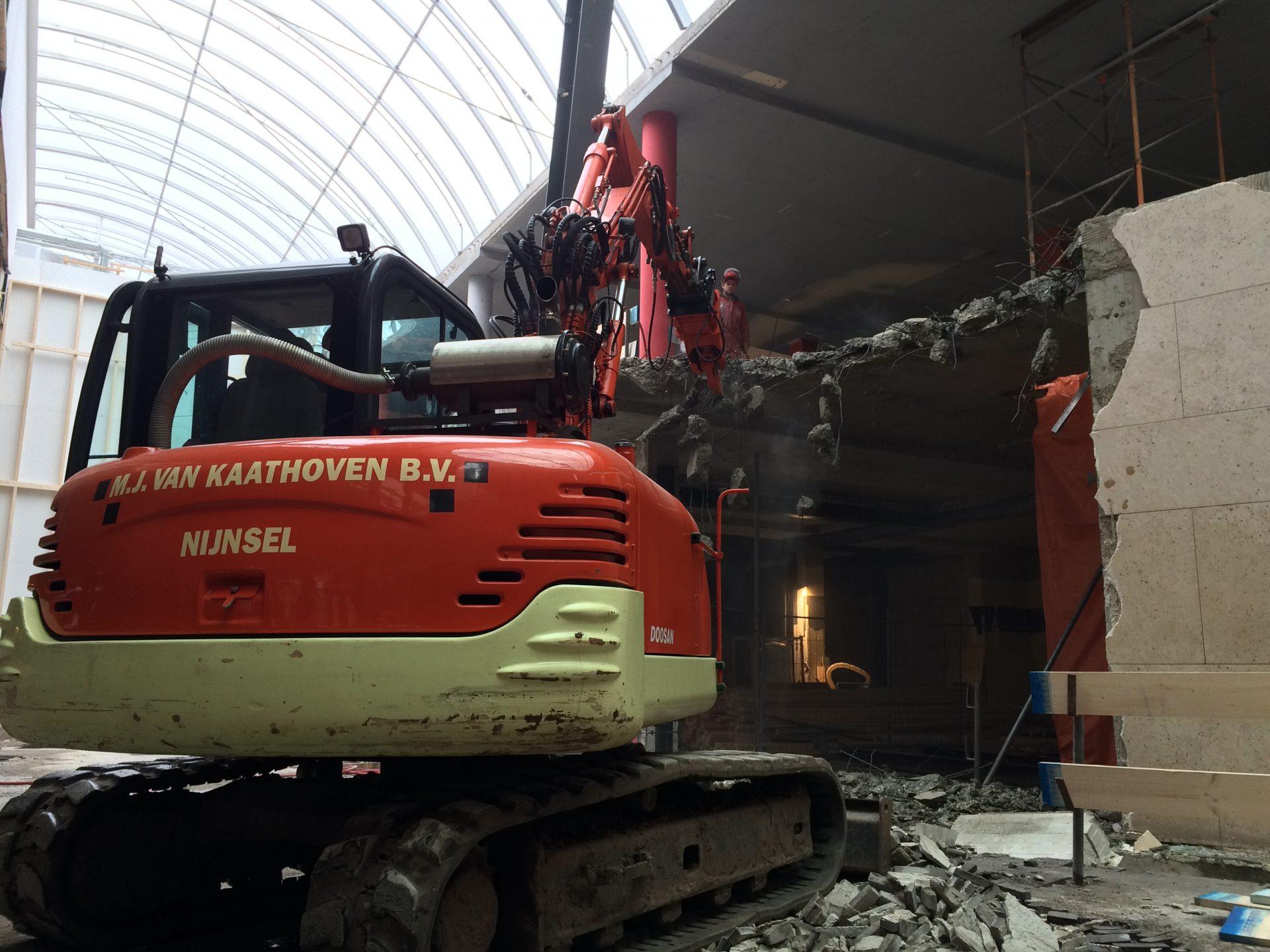 Sloop project renovatie Drievriendenhof Dordrecht | Sloopwerk Van Kaathoven Sint Oedenrode
